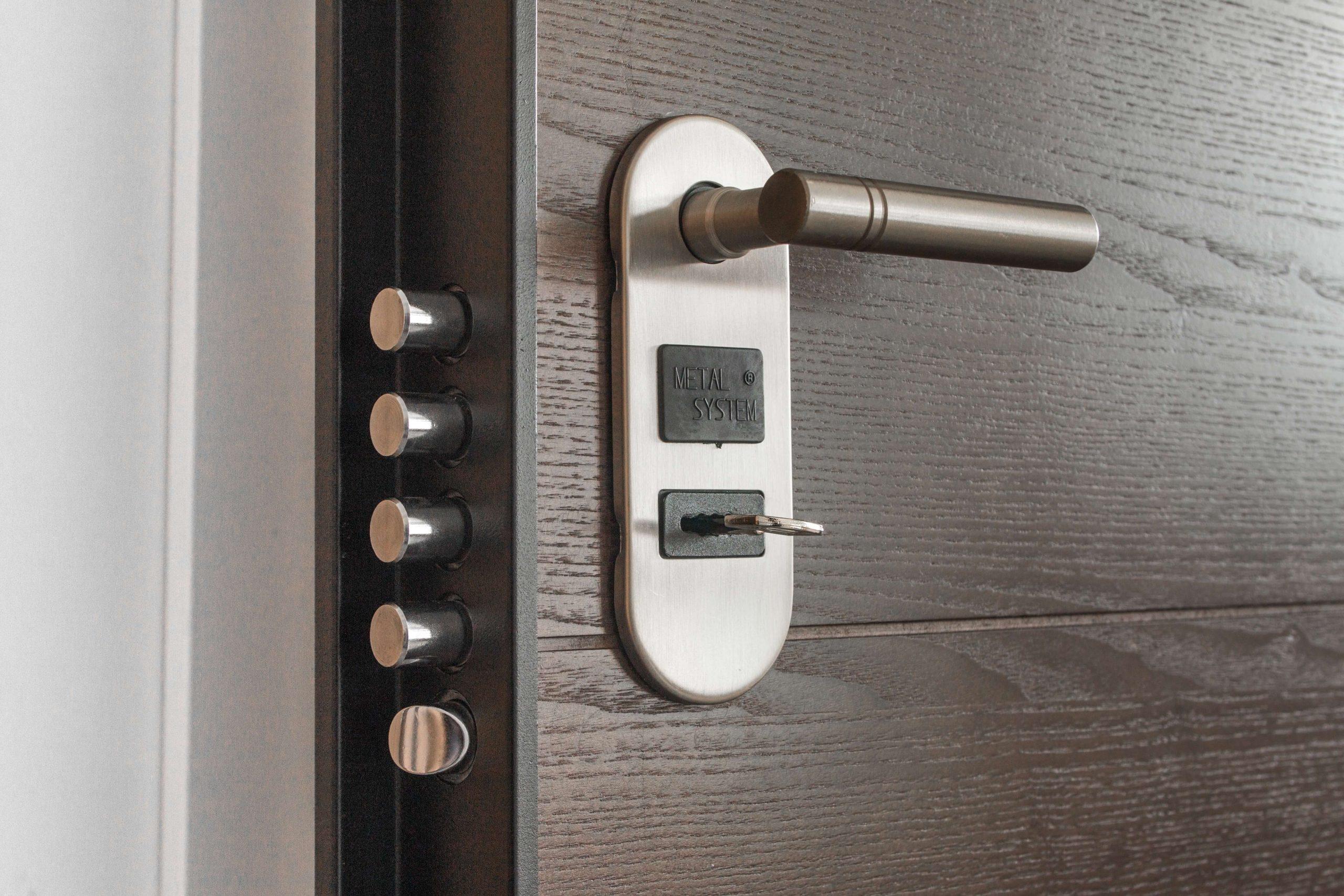 sleutel zit in het slot