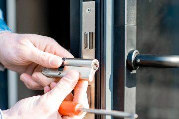 Slot installeren of vervangen